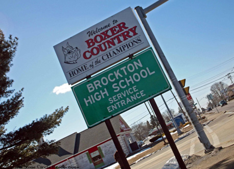 Your donations helped us to add the Boxer Country sign on Belmont Street.